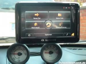 Navigon 6350 - Im Auto