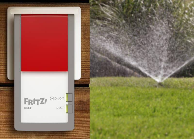 Fritz!Dect 210 - Smart Home Steckdose für Bad, Feuchträume oder den Außeneinsatz auf Balkon, Terrasse oder im Garten