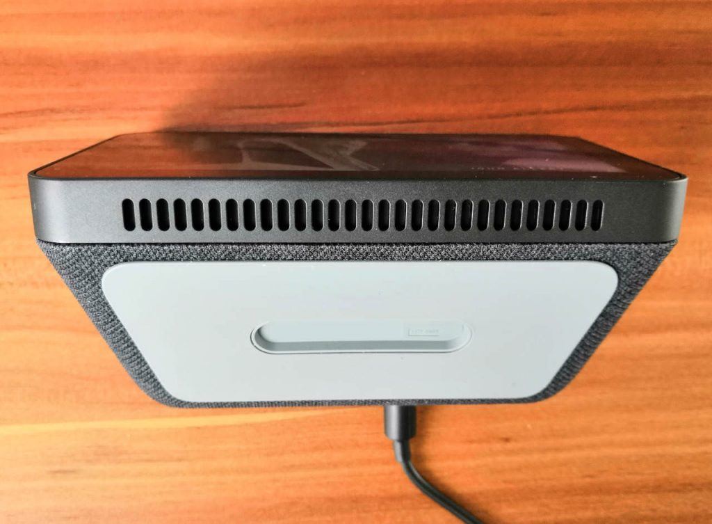 Amazon Echo Show 5 - Unterseite gummiert - Lautsprecher
